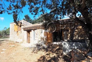 casa agrícola restaurada en costitx