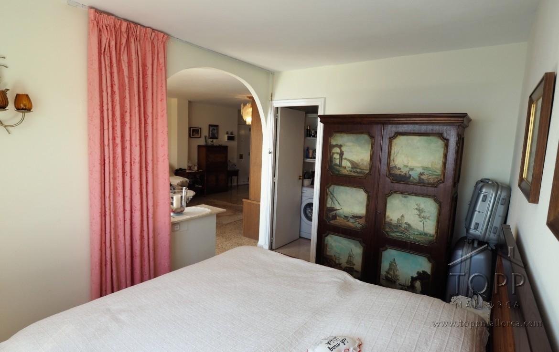 San Agustín. Primera linea de mar en complejo con piscina y acceso al mar. 1 dormitorio, 2 baños. Impresionantes vistas.