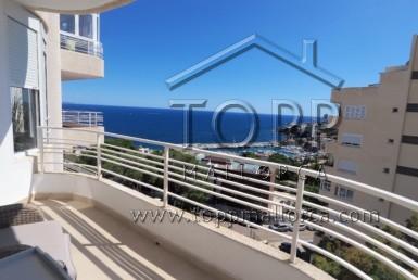San Agustín. Apartamento con buenas vistas al mar y montaña, orientación oeste, 2 dormitorios, 1 baño, terracita. Piscina comunitaria y plaza de aparcamiento privado.